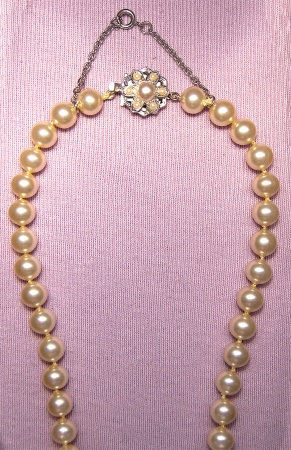 Faux Pearl Necklace Repair